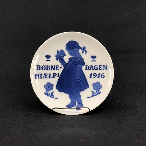Children's aid day plate 1916